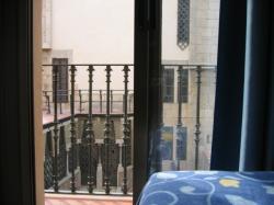 Hostal Benidorm,Barcelona (Barcelona)