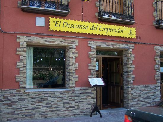 hostal descanso: