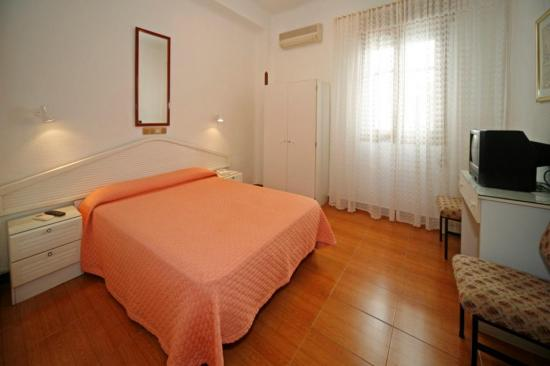 Hostal Prada,Madrid (Madrid)
