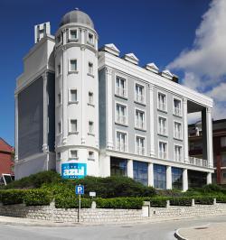 Hotel Mar Azul y Surf,Suances (Cantabria)