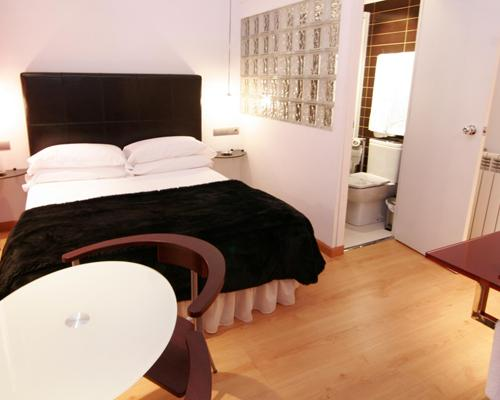 Hostal Santo Domingo,Madrid (Madrid)