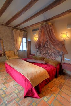 Hotel Bodegas de Arnes,Graus (Huesca)