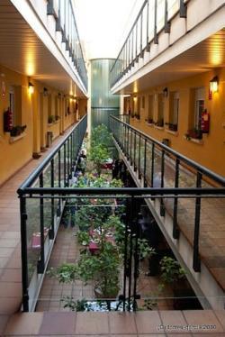 Apartahotel Alcalá Centro,Alcalá de Henares (Madrid)