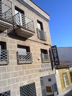Hostal Plaza de Italia,Cáceres (Cáceres)