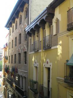 Apartamentos Reyes Católicos,Zaragoza (Zaragoza)