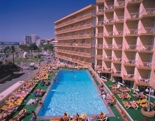 Hotel Piscis Ibiza Reviews