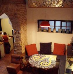 Casa Caracol Backpackers