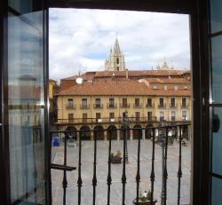 Pensión Puerta del Sol,León (León)