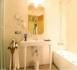 Hostal Les Monges Palace Boutique,Alicante (Alicante)
