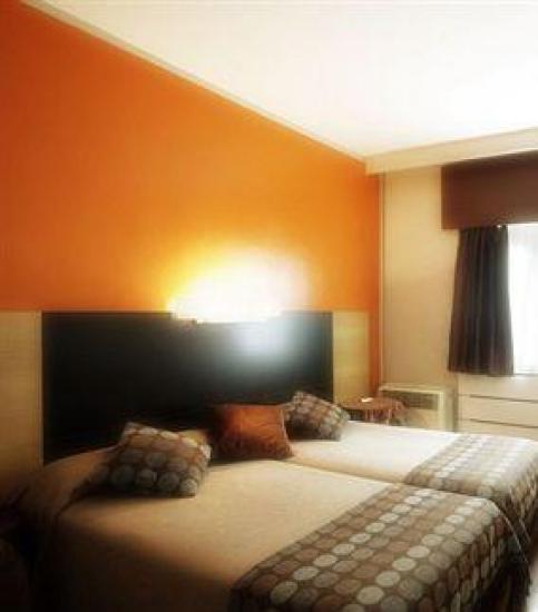 hotel quindos leon