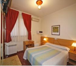 Hostal Prim,Madrid (Madrid)