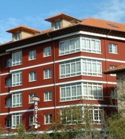 Hotel El Naranjo de Bulnes,Arenas de Cabrales (Asturias)