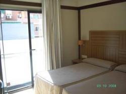 Hotel Apartamentos Don Juan I,Alcalá de Henares (Madrid)