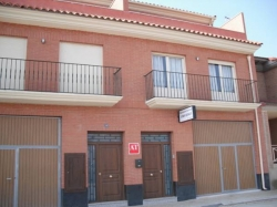 Apartamentos Turísticos Casa Paco,Aldeanueva de ebro (La Rioja)