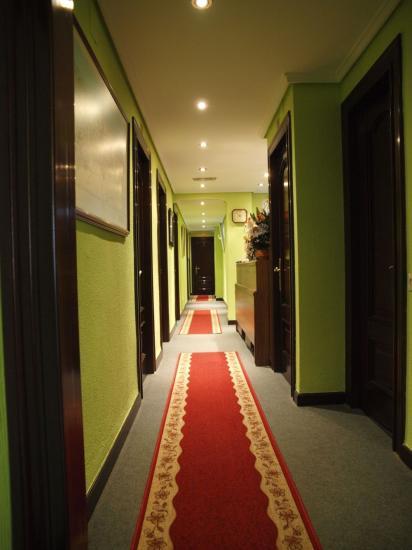 hotel paris en gij n infohostal