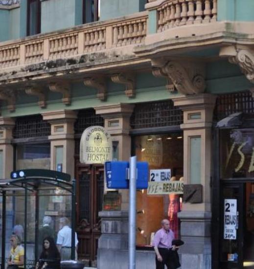 experto italiano pequeña en Oviedo