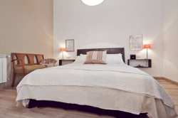Hostal Apartamentos Gran Via Bassols,Barcelona (Barcelona)