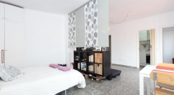 Modern Studio Gracia- Roof Terrace,Barcelona (Barcelona)
