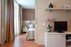 Serennia Apartamentos Arc de Triomf,Barcelona (Barcelona)