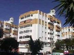 Apartamentos jardines del gamonal en benalm dena costa for Jardines del gamonal benalmadena