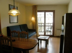 Apartamentos Los Lagos,Benasque (Huesca)
