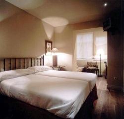 Hotel La Puebla,Burgos (Burgos)