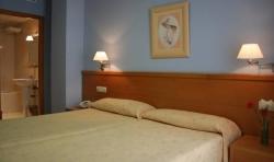 Hotel  Castilla,Cáceres (Cáceres)