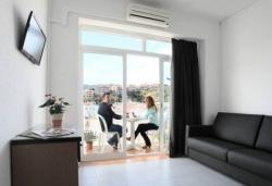 Apartaments Atzavara,Calella (Barcelona)