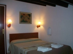 Apartamentos Mitus,Canet de Mar (Barcelona)