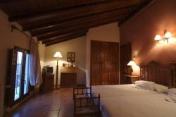 Hotel Rural Entreviñas,Caudete de las fuentes (Valencia)