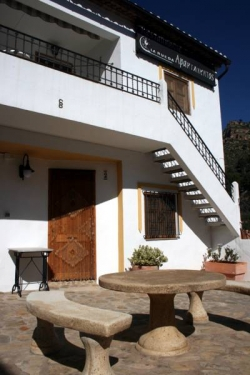 La Rueda Apartamentos Rurales,Chulilla (Valencia)