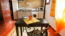 Apartamentos Almajura,Granada (Granada)