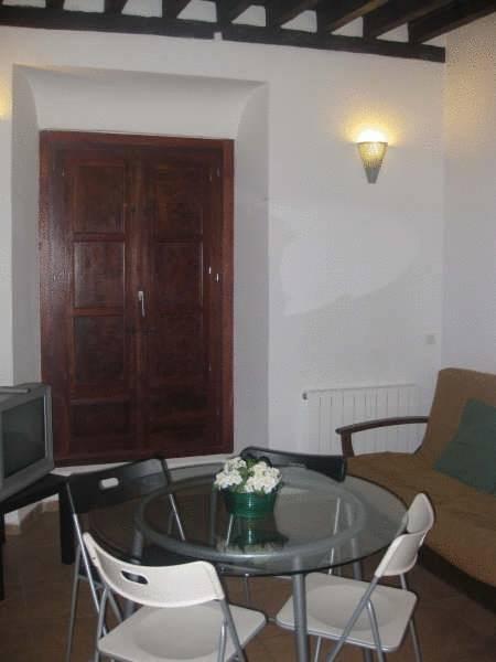 Apartamentos Puerta Real en Granada - Infohostal   La mejor imagen de apartamentos puerta real granada