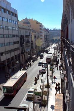 Habitat Suites Gran Vía 17,Granada (Granada)
