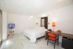 Hotel Darabenaz,Granada (Granada)