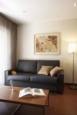 Apartamentos Turisticos Madanis,Hospitalet de Llobregat (Barcelona)