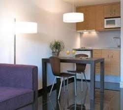 Apartamento Hesperia Fira Suites,Hospitalet de Llobregat (Barcelona)