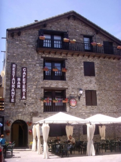 Albergue Tritón,Villanúa (Huesca)