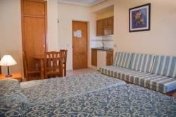 Hotel Apartamentos Lux Mar,Ibiza (Ibiza)