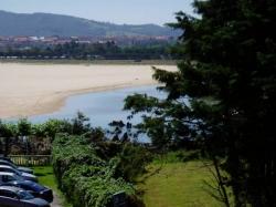 Hospedaje El Marinero,Isla (Cantabria)