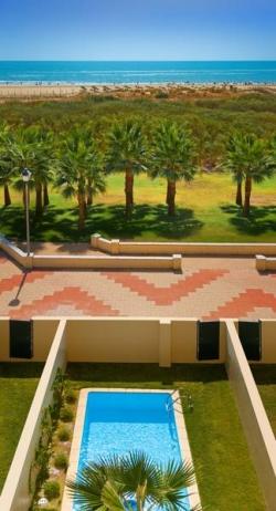 Apartamento playamarina en isla canela infohostal for Jardines isla canela