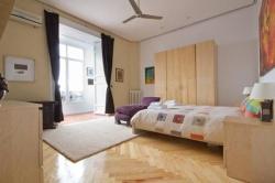 Apartamentos Real,Madrid (Madrid)