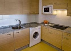 Aparthotel Compostela Suites,Madrid (Madrid)