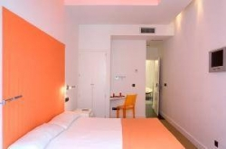 Hostal Colors,Madrid (Madrid)