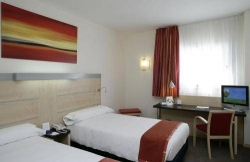 Hotel Express by Holiday Inn Madrid Airport,Madrid (Madrid)