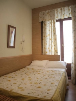 Hostal Aliste,Madrid (Madrid)