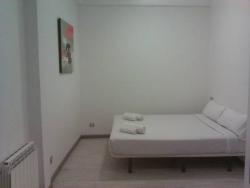 Km1 Amparo Apartments,Madrid (Madrid)