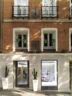 Hotel chic basic atocha en madrid infohostal for Hoteles chic en madrid