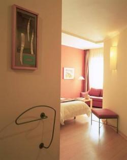 Hotel T3 Tirol,Madrid (Madrid)