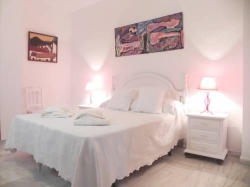 Apartamentos Ollerías Suites,Málaga (Malaga)